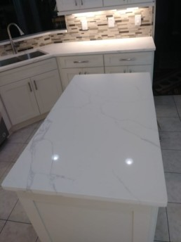 norcross-quartz-suppliers-gorgeous-kitchen-countertops